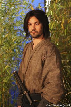 adam lavorgna in kimono